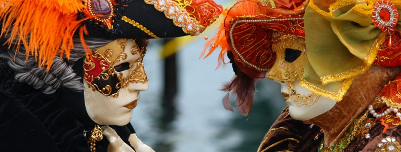 Costumi di coppia per festa di Carnevale